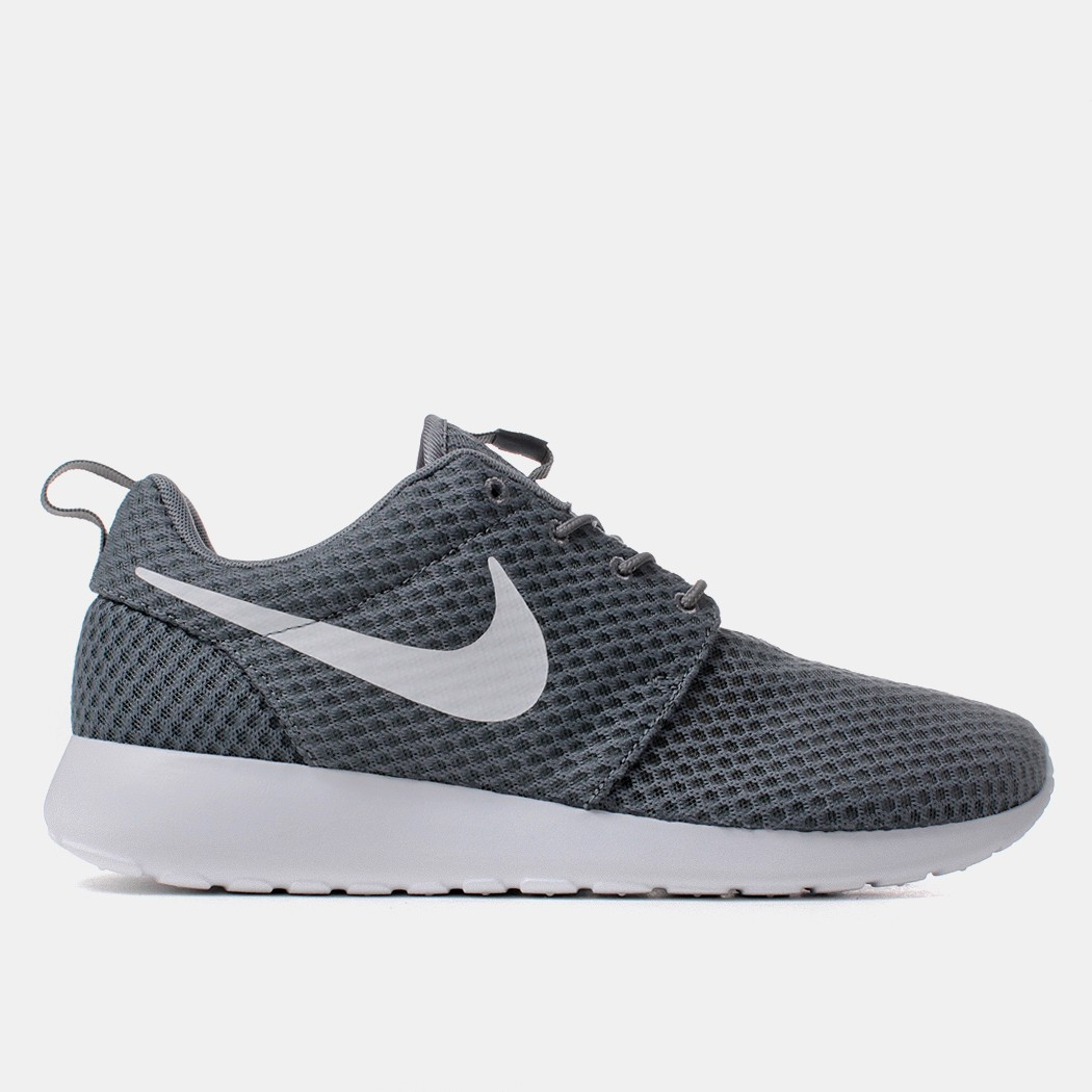 iz7puxag Discount nike roshes grey and white